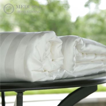 Pearl Double-Cocoon Mulberry Silk Duvet (All-Season II-Warmth)
