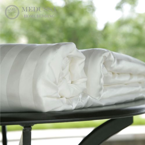 Pearl Top-Grade Mulberry Silk Duvet (All-Season II-Warmth)