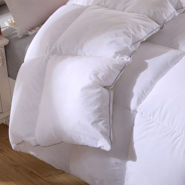 [100% MADE IN CANADA] Hungarian White Goose Down Duvet